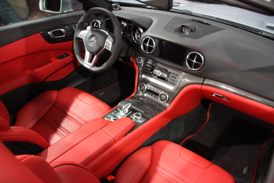 Mercedes SL63 AMG interior